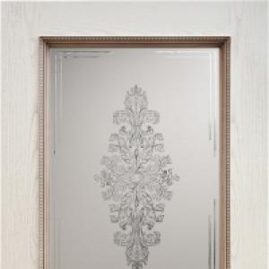 Межкомнатная дверь Дворецкий Альба витраж ясень карамель спатиной