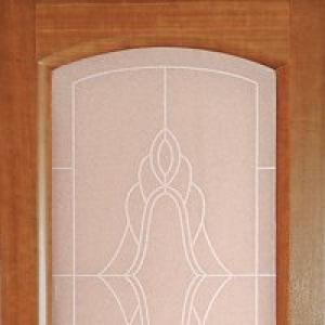 Межкомнатная дверь Дворецкий соло стекло темный анегри
